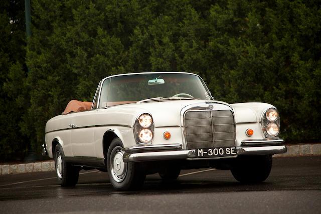 1963 Mercedes-Benz 300SE Cabriolet