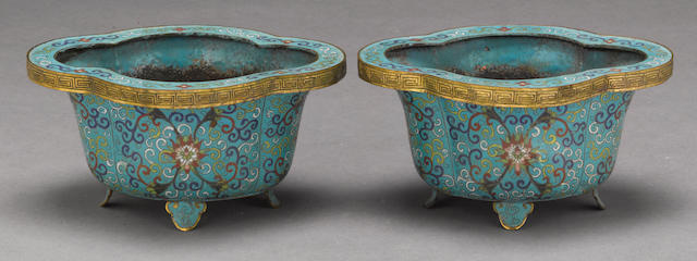 A pair of cloisonné floriform jardinières Late Qing dynasty/Republic period