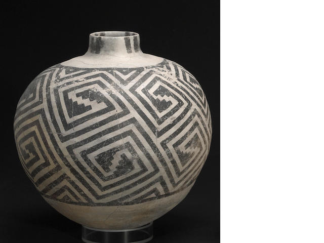 An Anasazi black-on-white olla