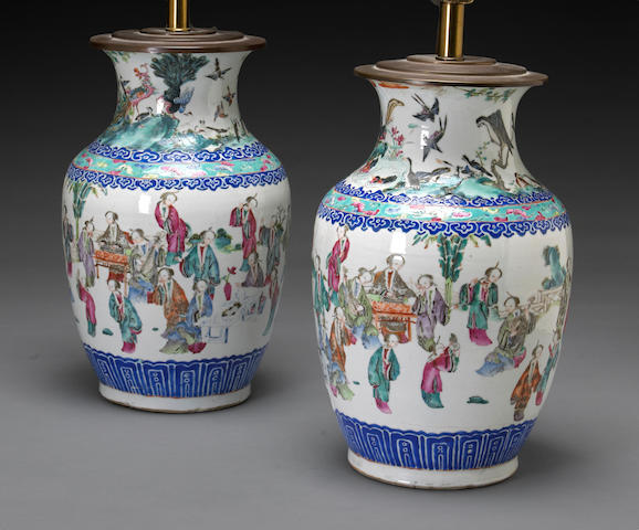 A pair of polychrome enameled porcelain vases Qing dynasty 19th century