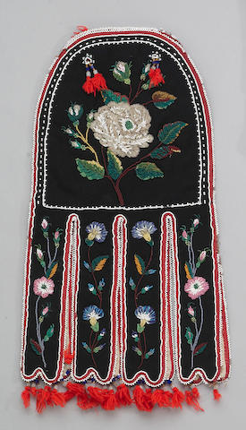 A Red River Metis beaded octopus bag