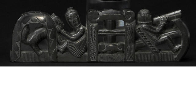 A Haida argillite ship pipe