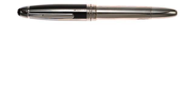 MONTBLANC: Meisterstuck Solitaire 146 Sterling Silver Fibre Guilloche Fountain Pen