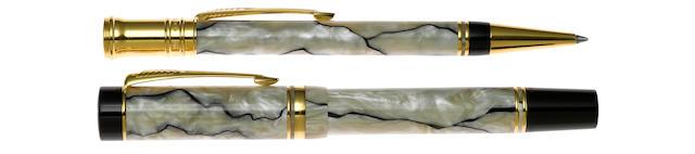 PARKER: Duofold Centennial Fountain Pen