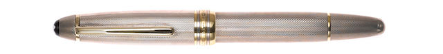 MONTBLANC: Meisterstuck Solitaire 146 Barleycorn Sterling Silver Fountain Pen