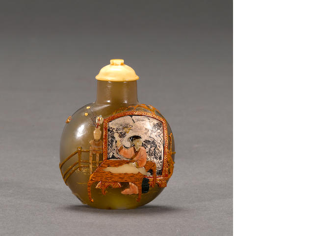 An agate snuff bottle with Japanese Embellishment (losses) 1880-1940, Tsuda Family style