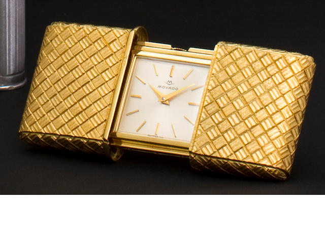 Movado. A fine engraved 14K gold Ermeto watchCase no. 449, mid 20th century