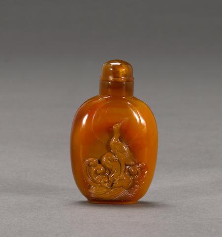 A caramel agate snuff bottle 1920-1960