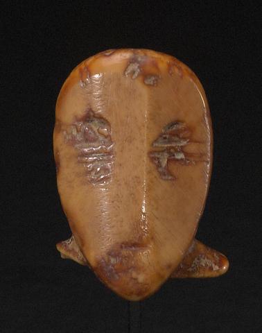 A Punuk ivory head