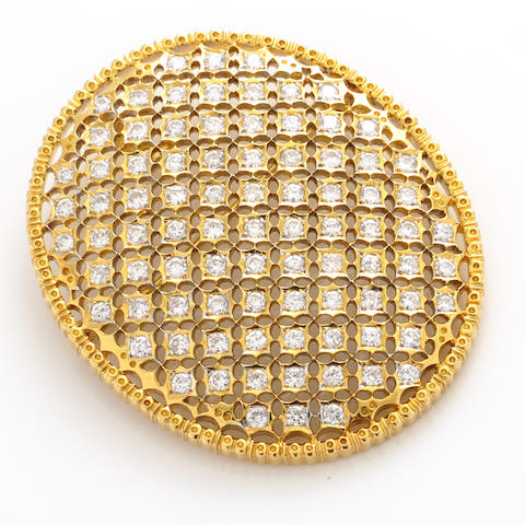 A diamond and 18k gold filigree brooch-pendant