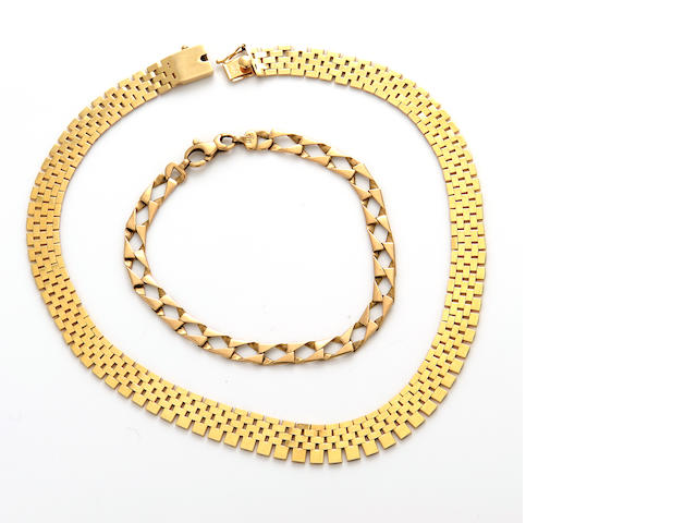 A 14k gold necklace and bracelet