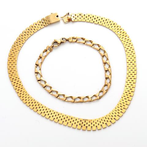 A 14k gold necklace and bracelet