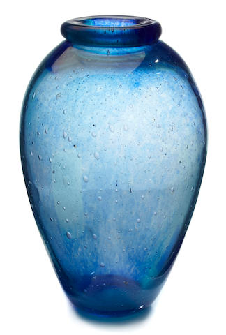 A Dino Martens internally-decorated glass vase probably produced by Aureliano Toso, 1950s