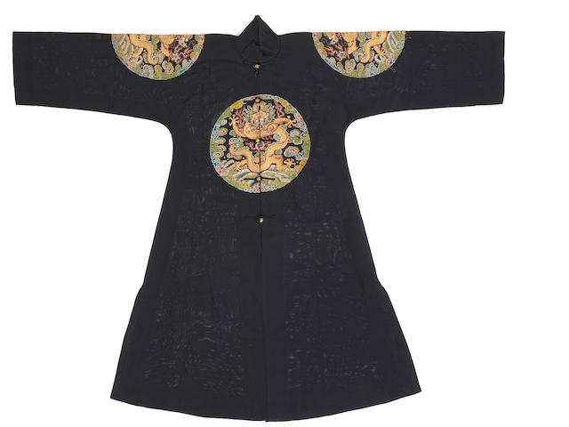 A Manchu noblewoman's summer gauze surcoat with counted stitch embroidery Late Qing dynasty