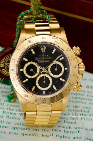 Rolex. A fine 18K gold automatic tachymeter chronograph bracelet watchOyster Perpetual Cosmograph Daytona, Ref:16528, Case no. E797289, circa 1990