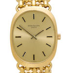 Patek Philippe. A fine 18K gold gentleman's bracelet watchRef. 3577 / 1, Case no. 2737621, Movement no. 1177653, 1980's