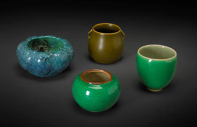 An assembled group of ceramic vessels