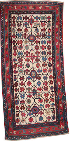 A Caucasian rug Caucasus size approximately 2ft. 6in. x 5ft. 3in.