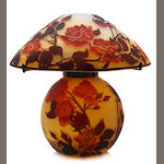 A fine Muller Frères cameo glass table lamp: Roses circa 1900