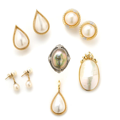 A collection of cultured and mabe' pearl, diamond and gold jewelry