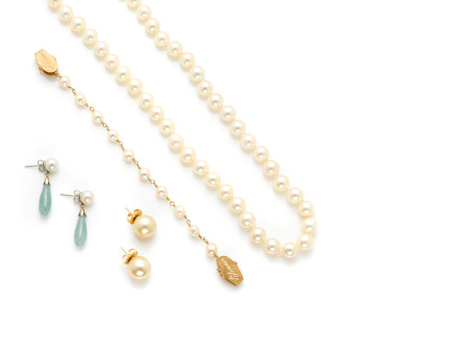 A group of cultured pearl, jade, bead and gold jewelry