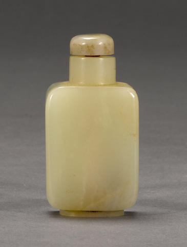A pale nephrite square snuff bottle 1820-1880