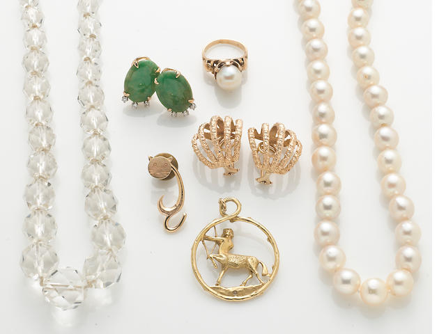 A group of 7 gem-set pieces, including pearl necklace, crystal beads, jade and diamond earrings, gold earrings, pearl ring, 1 pendant, and 1 pin (14k, 18k)