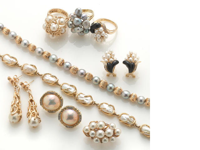 A group of 13 pieces of pearl jewelry, including 3 necklaces, 2 bracelets, 3 earrings, 3 rings, and 1 pin in 14k gold, 94.8g
