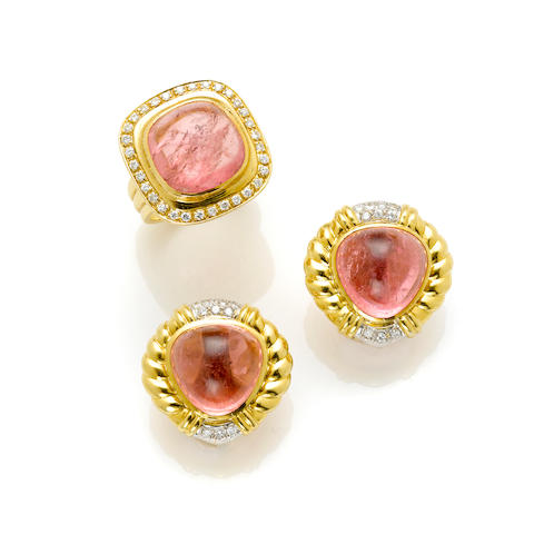 A cabochon pink tourmaline, round brilliant cut diamond and 18 karat gold ring and ear clips, Italy