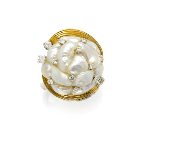 A Baroque cultured pearl, round brilliant cut diamond, 18 karat gold and platinum ring, Ruser