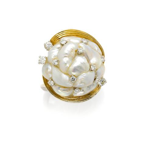 A Baroque cultured pearl, round brilliant cut diamond, 18 karat gold and platinum ring, Ruser