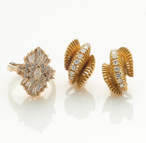 A diamond and 14k gold cluster ring together with a pair of diamond and 18k gold earrings