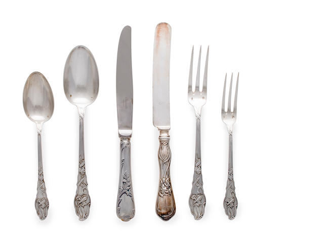 Art Nouveau silver flatware possibly manufactured by Robert Dimes Co., comprising 12 salad forks, 12 soup spoons, 12 table spoons, 12 dinner knives, 10 dinner forks, 1 non-matching EP fork and a set of 6 knives by Christofle