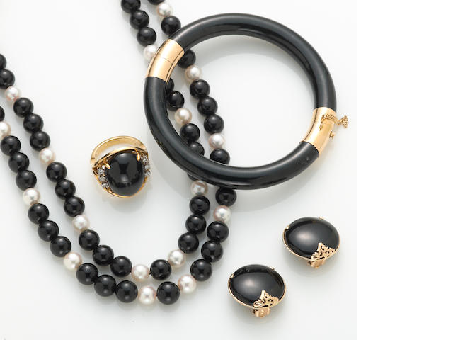A collection of black nephrite jade, cultured pearl, diamond, black onyx, 18k and 14k jewelry, including Gumps and Mings