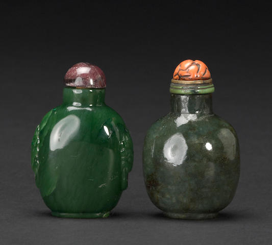 Two spinach jade snuff bottles