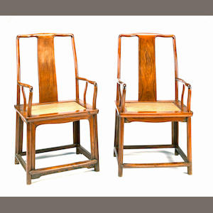 A pair of huanghuali continuous yoke back arm chairs, nanguanmaoyi 19th century