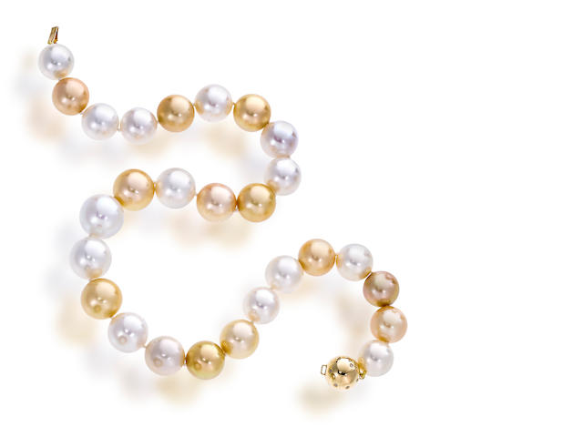 A South Sea cultured pearl necklace