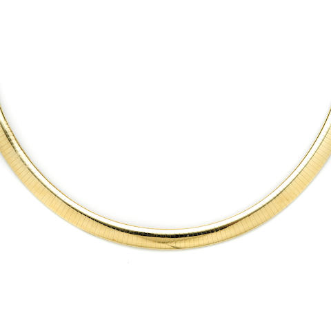 A 14k gold omega necklace
