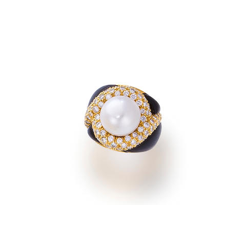 A South Sea cultured pearl, diamond and black onyx ring, Elan