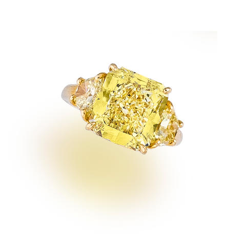 A fancy colored diamond ring