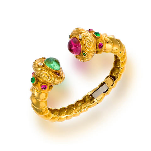 An eighteen karat gold, tourmaline and diamond bracelet