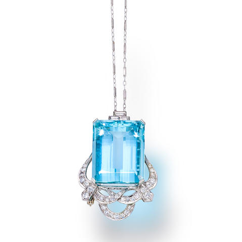 An aquamarine and diamond pendant/brooch