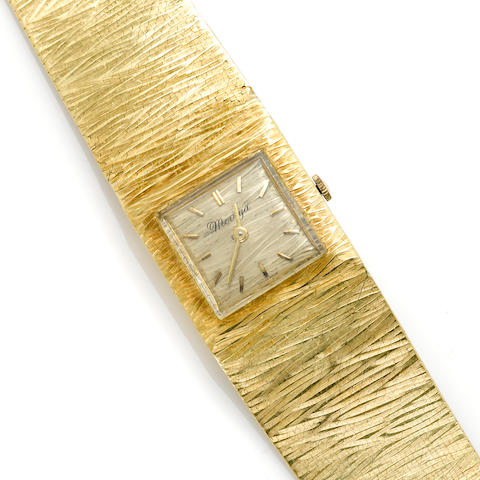 An 18k gold bracelet wristwatch, Moviga