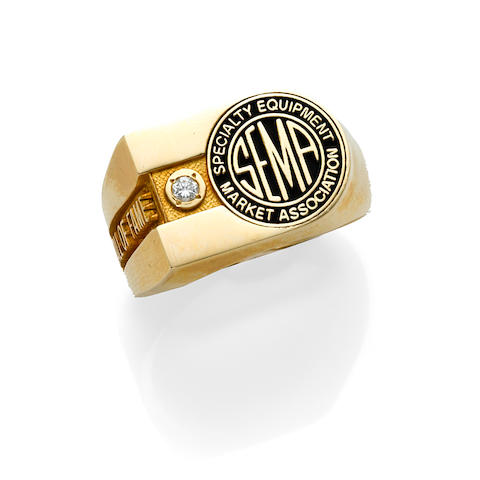 A diamond, enamel and 14k yellow gold ring