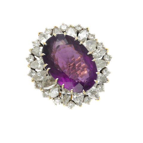 An amethyst, diamond and 18k gold ring