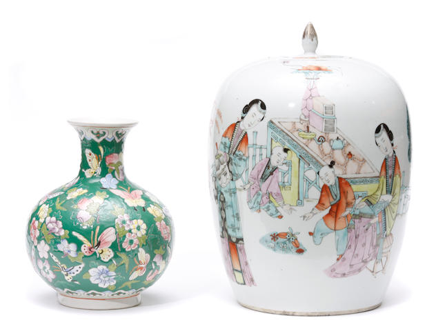 A group of two famille rose porcelain vases