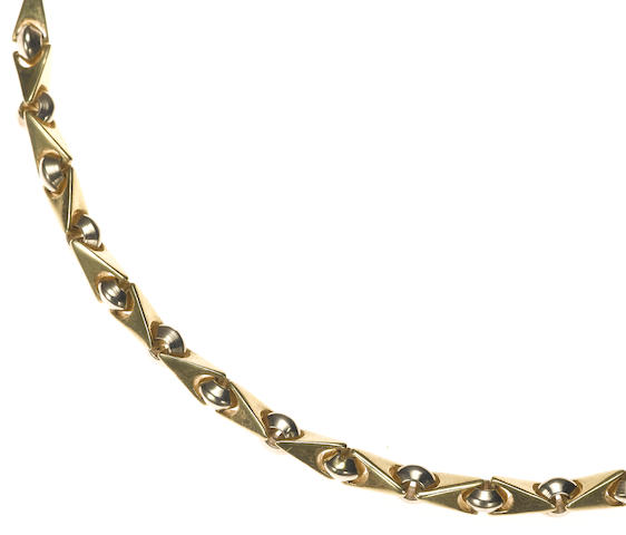 An 18k bicolor gold fancy link necklace, Sauro