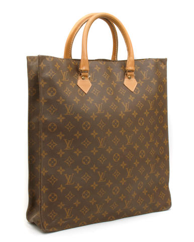 A Louis Vuitton monogram Sac Plat handbag
