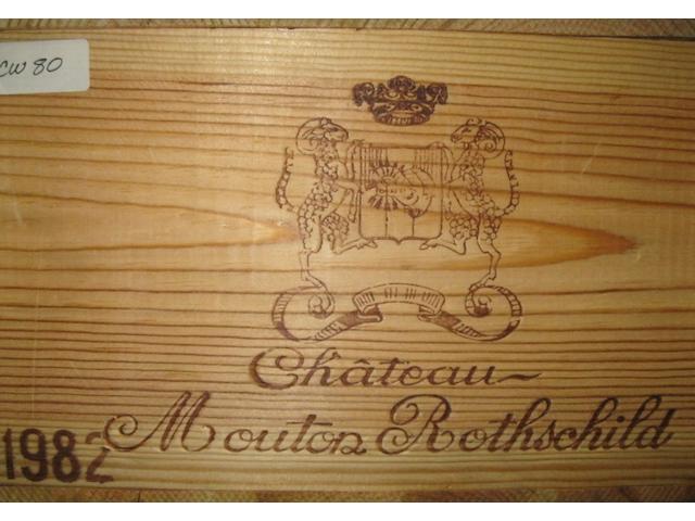 Château Mouton Rothschild 1982 (12)