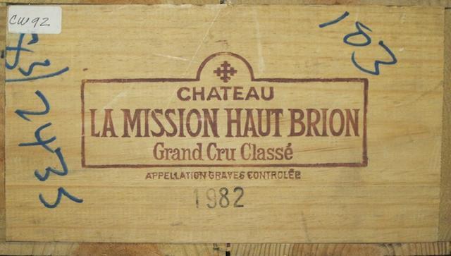 Château La Mission Haut-Brion 1982 (12)